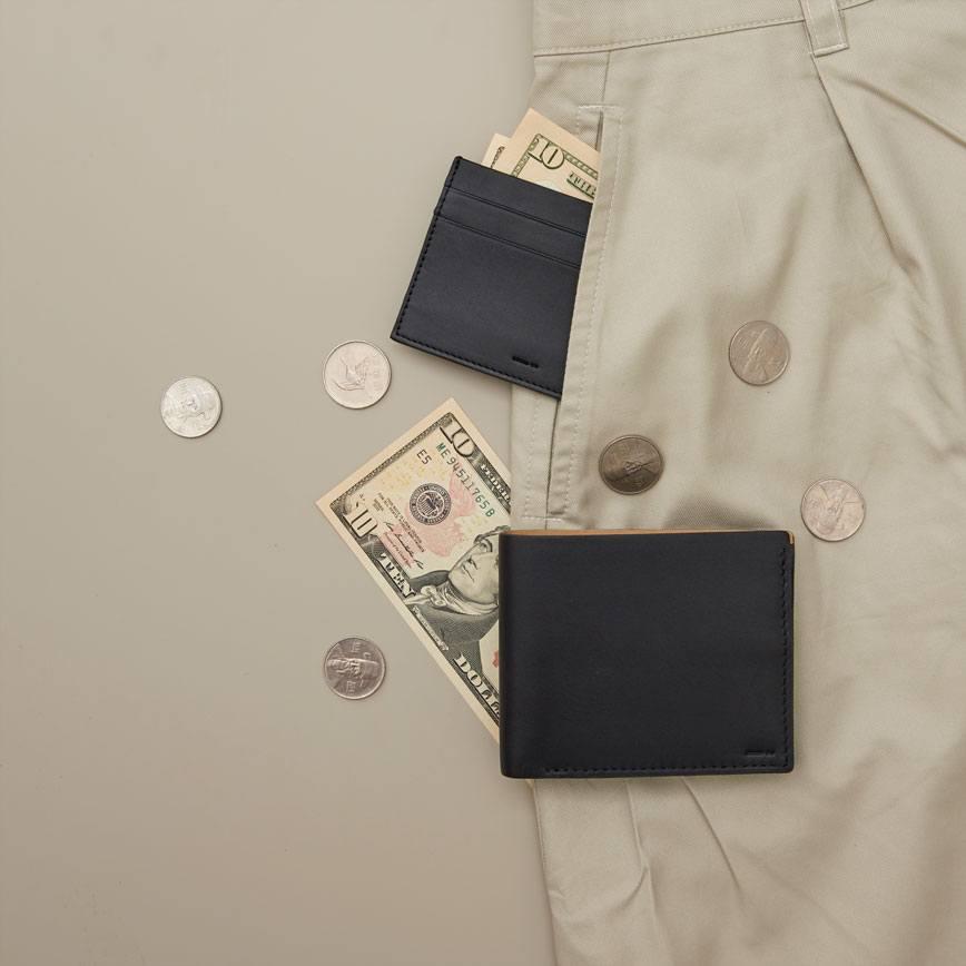 Black Leather Card Wallet -...