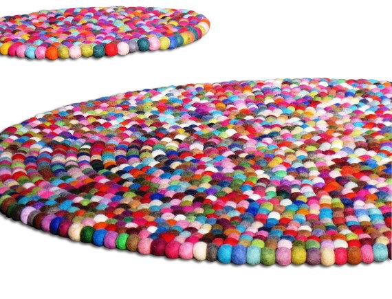 3ft Round felt rug by YUMMI...