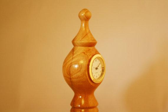 Petite Desk Clock - Hand Tu...