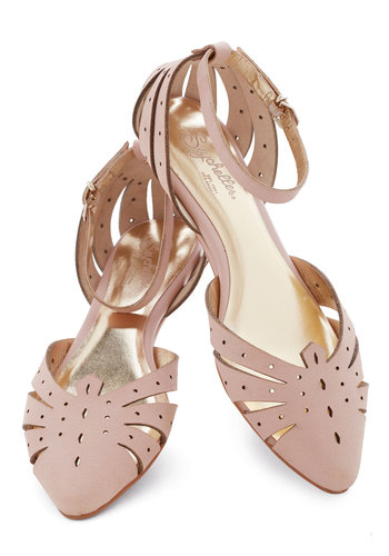 Siren Call Sandal in Pink b...
