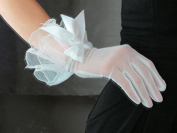 Gauze Gloves White  with bo...