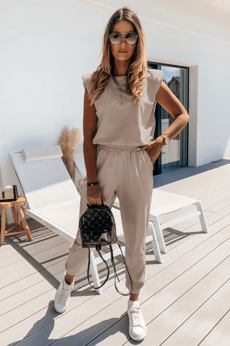 Go To Town Outfit Set Beige