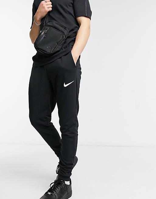 Nike Training Dry tapered f...