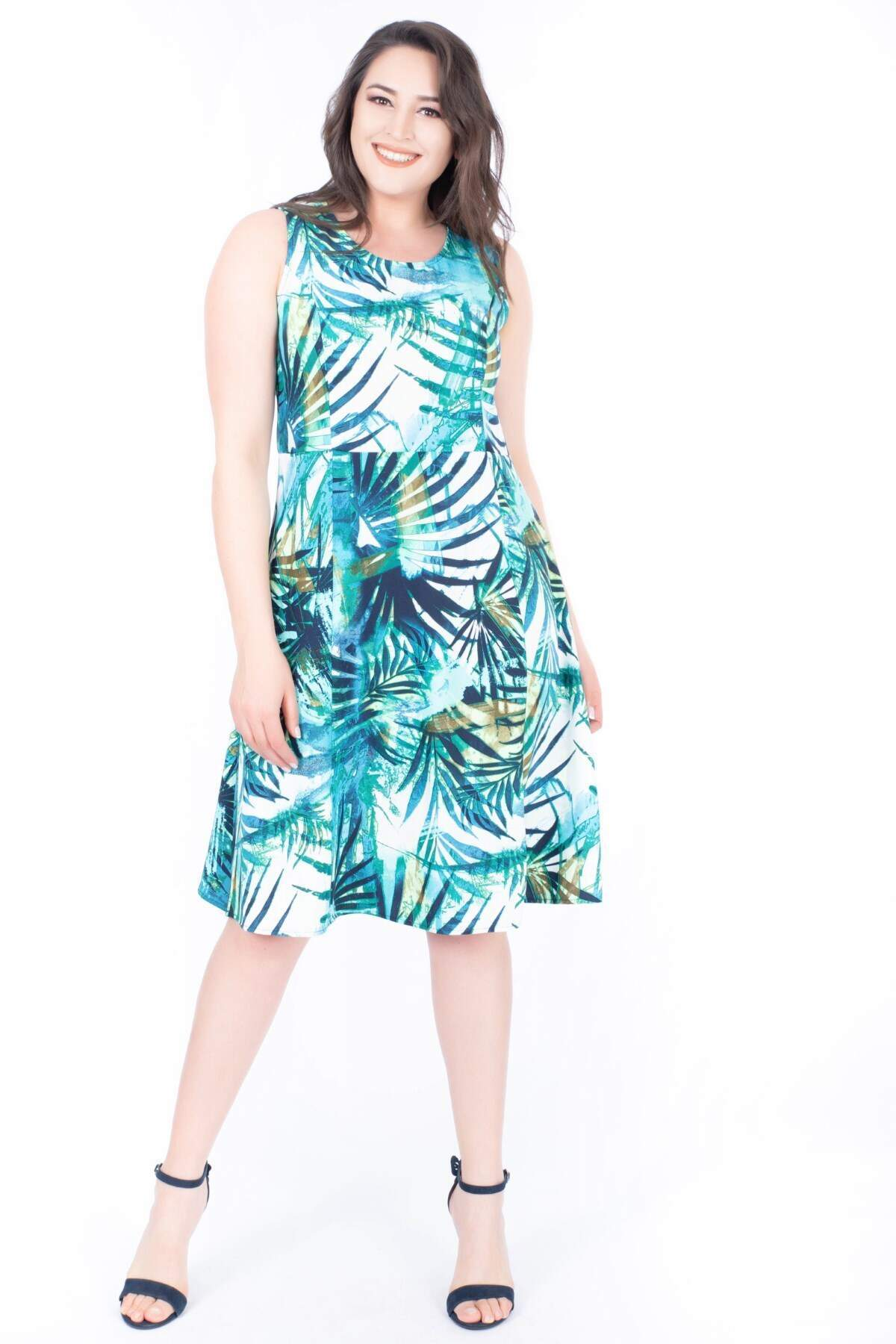 Women's Sleeveless Patterned Dress