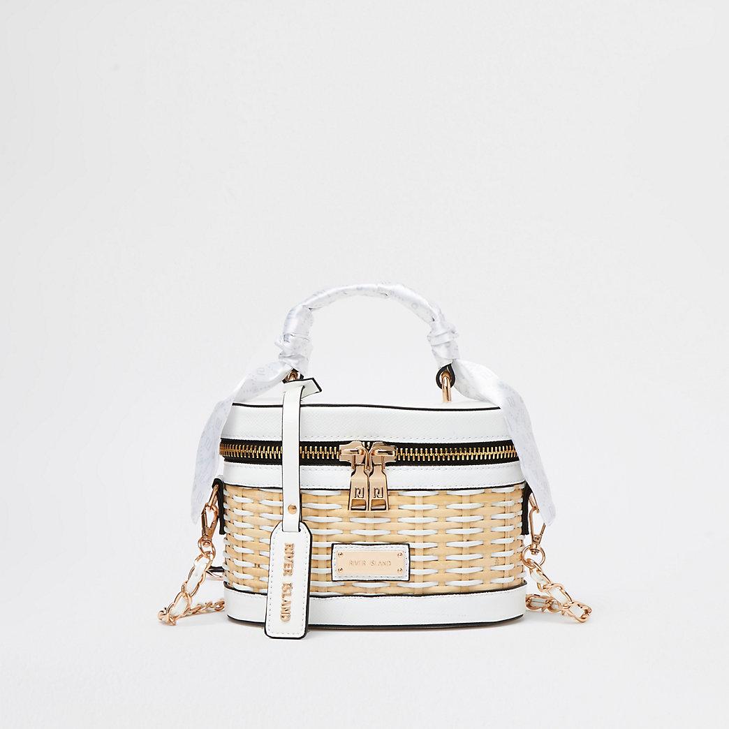White wicker vanity bag
