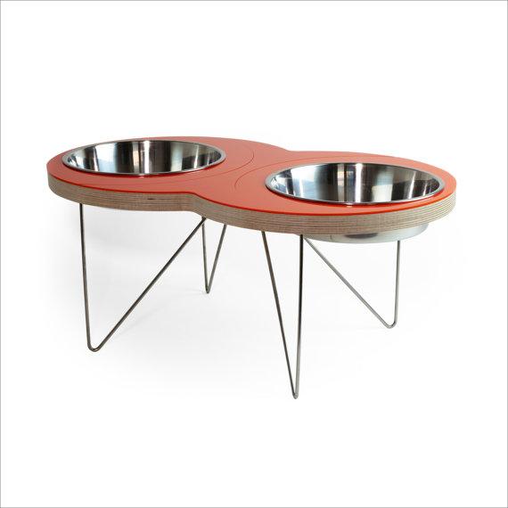 the EIGHT Modern pet bowl f...