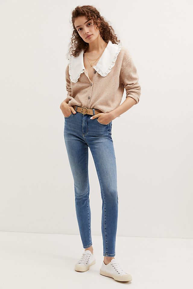 Signature Skinny Jeans