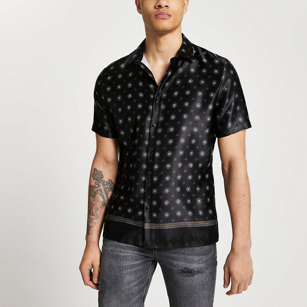 Black print slim fit short sleeve shirt