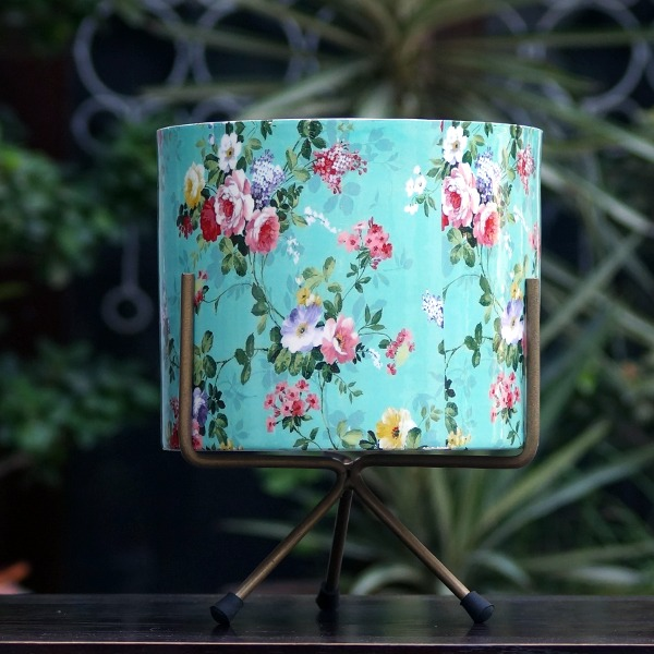 Metal Flower Pot With Tripod Stand (Blue)