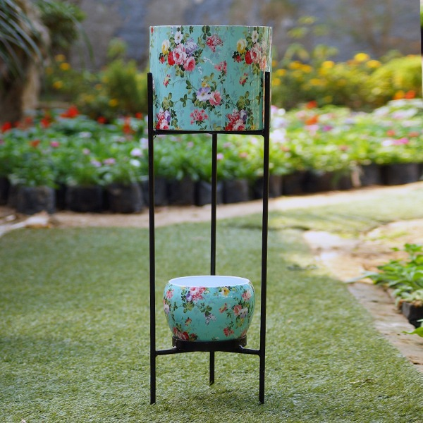 Two Tier Stand With Metal Pots