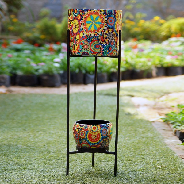 Two Tier Stand With Metal Pots (Pattern)